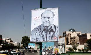 Une affiche représentant Mohammad Bagher Ghalibaf, le maire actuel de Téhéran