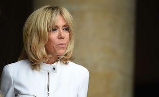 Brigitte Macron, aux Invalides, le 13 juillet 2017.  Credit:Blondet-POOL/SIPA