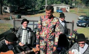 Stromae dans le clip «Ave Cesaria».