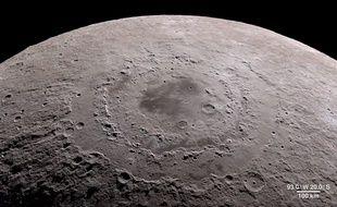Vue de la Mare Orientale de Lune capturée par la sonde Lunar reconnaissance orbiter.