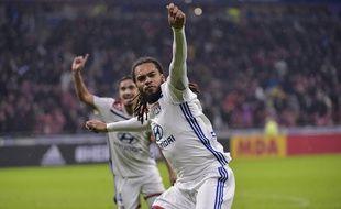 Jason Denayer a célébré son premier but à Lyon d'une manière assez étonnante vendredi.