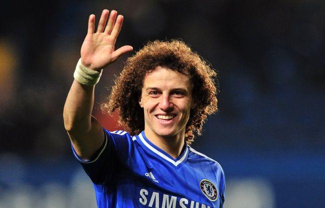 Le défenseur David Luiz lors d'un match entre Chelsea et Swansea City, à Stamford Bridge à Londres, le 26 décembre 2013.