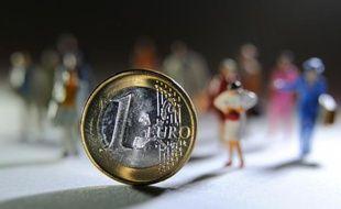 Photo prise à Lille d'une pièce de un euro, le 5 septembre 2012
