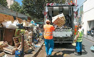 La taxe sur les ordures ménagères s'élève à 149 € par habitants à Marseille, contre 144 € à Paris.