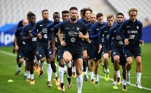 L'équipe de France à l'entraînement à la veille de France-Pays-Bas, le 30 août 2017.