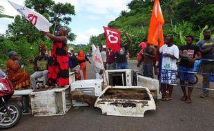 Le 13 avril 2016 à Mayotte, lors de la grève générale. AFP PHOTO / ORNELLA LAMBERTI