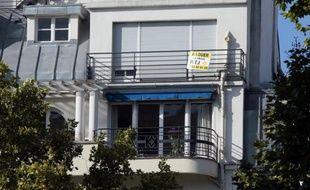 L'indice de référence des loyers (IRL), utilisé pour la révision des loyers d'habitation, a progressé de 2,15% sur un an au troisième trimestre, marquant un léger ralentissement par rapport à la hausse du deuxième trimestre (+2,20%), a annoncé l'Insee vendredi.