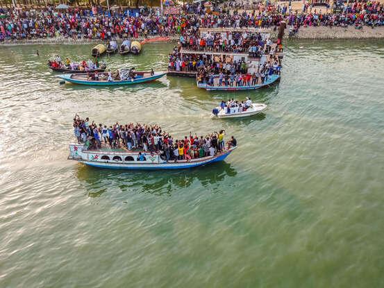 648x415 des bateaux au bangladesh illustration