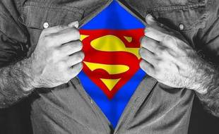 Logo de Superman © DC COMICS