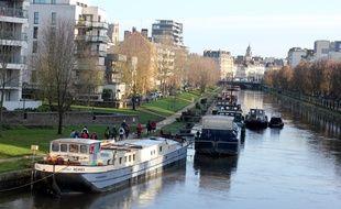 Très prisé des promeneurs, le quai Saint-Cyr sera interdit aux rassemblements dans le cadre de la lutte contre l'épidémie de coronavirus.