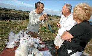 Les paludiers indépendants se concentrent désormais sur la vente du sel.