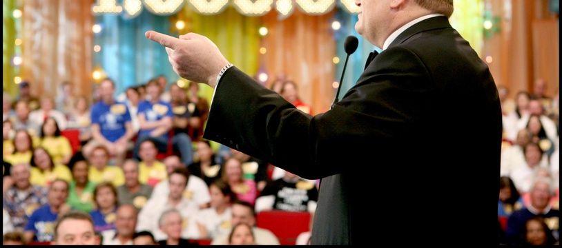Le présentateur Drew Carey