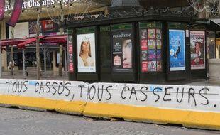 Les Champs-Elysées ce jeudi
