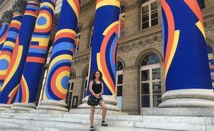 Pour la première édition de «street packing», Léa Degez, étudiante à l'EPSAA, est l'une des lauréats ayant la chance de voir son oeuvre exposée sur la façade du Palais Brongniart jusqu'au 30 août.