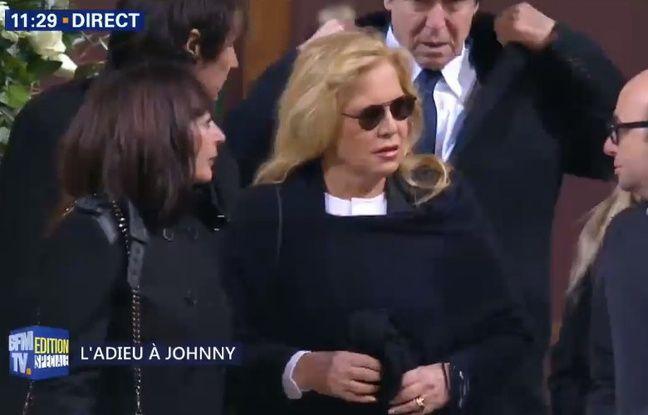 Sylvie Vartan, à l'église de la Madeleine à Paris, quelques heures avant la cérémonie d'hommage à Johnny Hallyday.
