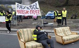 «Gilets jaunes»: Des slogans divers et variés