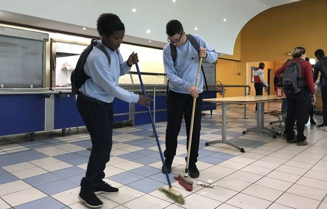 Le nettoyage du self est assuré par les volontaires.