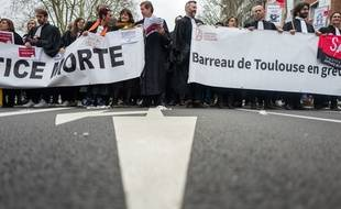 Les avocats de Toulouse sont en grève depuis le 5 janvier.