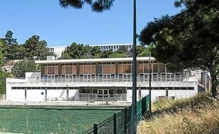 La rénovation aurait coûté  2,5 millions d'euros.
