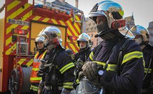 Strasbourg le 11 fevrier 2015.  Illustration de sapeurs pompiers.