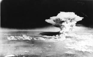 Hiroshima sous la bombe atomique le 6 août 1945.