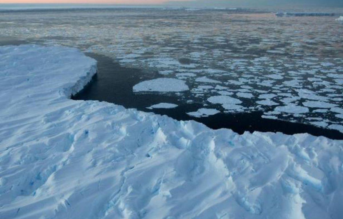 La concentration de dioxyde de carbone (CO2) dans l'atmosphère a atteint un niveau record au mois de mars, un signe évident du réchauffement climatique, selon la NOAA – Torsten Blackwood AFP