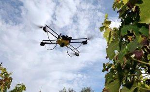 Photo d'un drone prise le 9 septembre 2014 dans le sud-ouest de la France