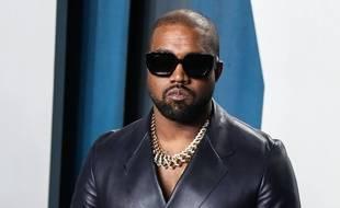 Kanye West le 9 février 2020, à une fête organisée pour les Oscars, à Beverly Hills, Los Angeles, en Californie.