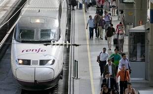 Un TGV en gare de Barcelone. Illustration.