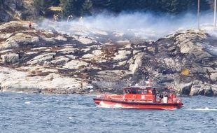 L'hélicoptère s'est écrasé dans l'ouest de la Norvège.