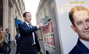 Benoît Hamon lors du lancement de la caravane du revenu universel, le 3 avril 2017.