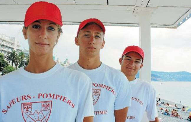 Hélène, Amaury et Melvin sont rémunérés au même taux que les pompiers volontaires.