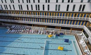 La piscine Molitor, à Paris, en août 2016.