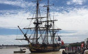 Bordeaux: L'Hermione est arrivée dans le port de la Lune 310x190_arrivee-hermione-quai-charrons-bordeaux-8-juin-2018