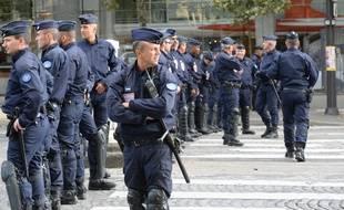 Un groupe de policiers CRS (illustration).