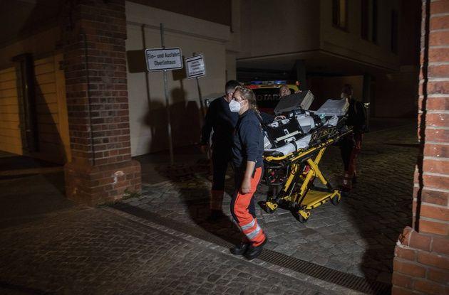 648x415 des secouristes interviennent apres la tuerie dans une clinique de potsdam le 28 avril 2021