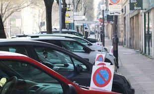 Illustration stationnement à Bordeaux.