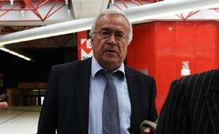 L'ancien président de l'Olympique de Marseille Jean-Claude Dassier à son arrivée au palais de justice le 16 septembre 2015 à Marseille