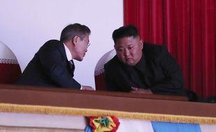 Le président sud-coréen Moon Jae-in et le dirigeant nord-coréen Kim Jong-un à Pyongyang, le 18 septembre 2018.