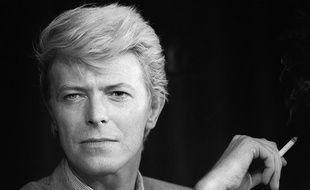 Un portrait de David Bowie en 1983