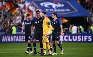 Varane et Lloris soulagés après la victoire face à l'Allemagne.