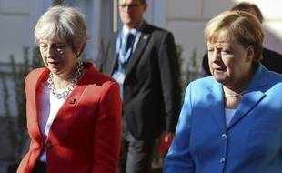Theresa May et Angela Merkel lors du sommet européen de Salzbourg, début septembre 2018.