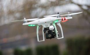 Illustration d'un drone en vol, à Namur en Belgique, le 14 janvier 2014.