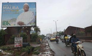 Une affiche électorale du président malien sortant Ibrahim Boubacar Keïta, à Bamako le 18 juillet 2018.