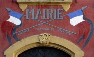 Les Français souhaitent être associés aux décisions prises dans leur commune mais la majorité (83%) ne sont pas prêts à se présenter à une élection municipale, selon un sondage CSA/La Croix à paraître lundi.