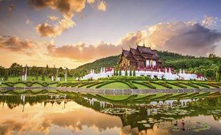 Entre ses temples chargés de dorures et sa splendide nature, Chiang Mai a de quoi combler tous les voyageurs.