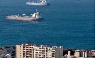 Les navires en rade de Marseille.
