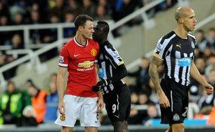 Papiss Cissé et Jonny Evans ont échangé des crachats lors du match Newcastle-Manchester United (0-1) le 4 mars 2015.