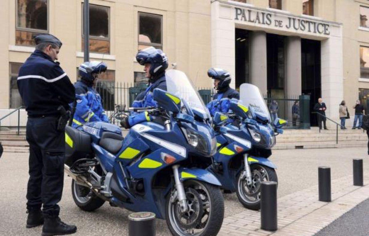 """Le ravisseur présumé de Chloé, l'adolescente enlevée dans le Gard et retrouvée en Allemagne, a été mis en examen vendredi à Nîmes pour """"enlèvement, séquestration et viol"""", a annoncé le procureur-adjoint de la République à Nîmes. – Pascal Guyot afp.com"""