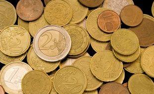 Des pièces d'euros.